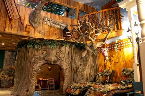 Adventure Suites Bed and Breakfast in New Hampshire