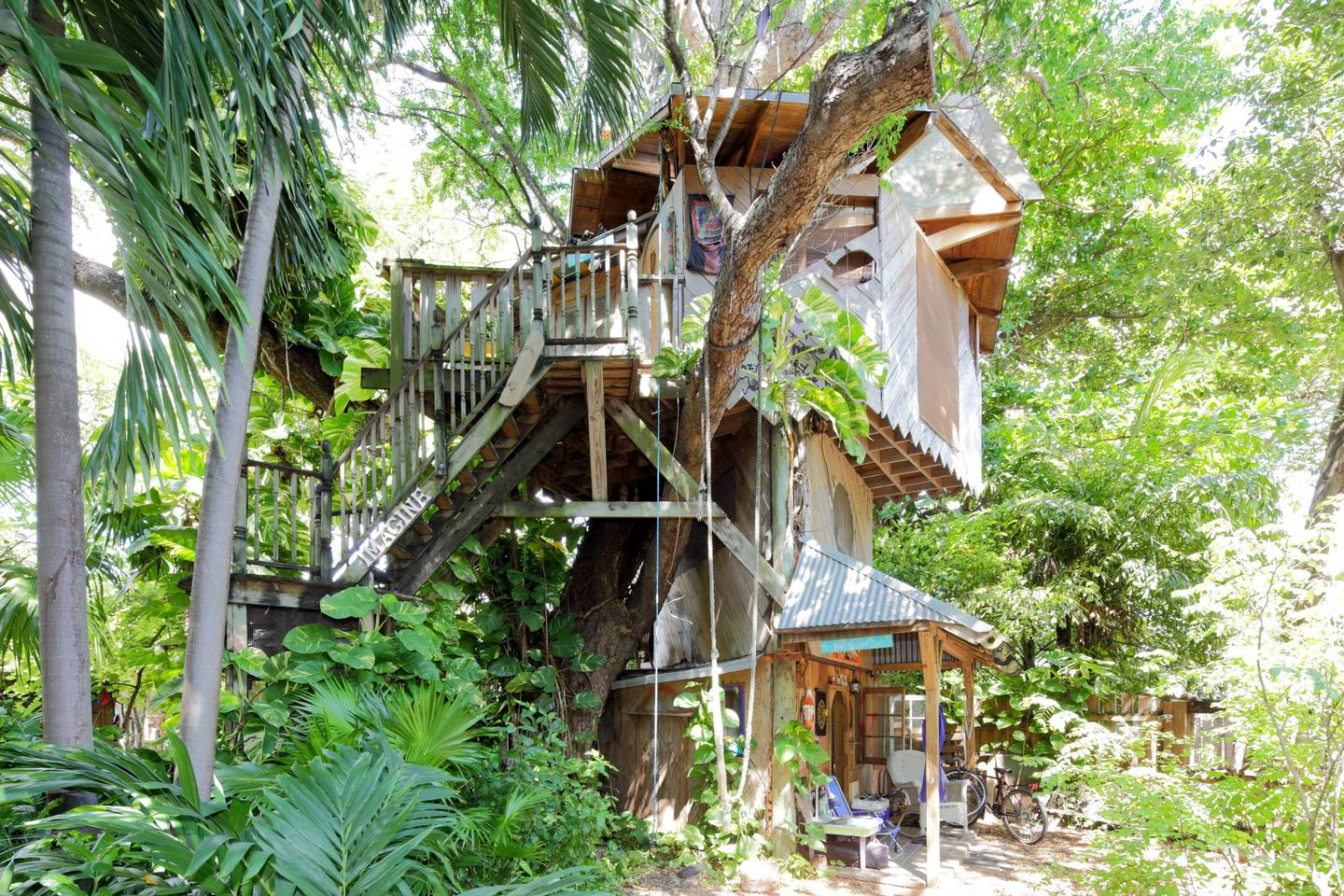canopy treehouse in Florida