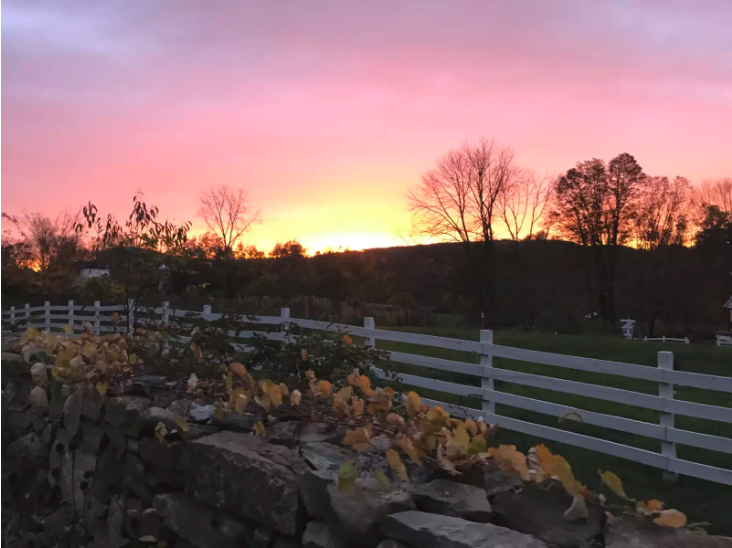Glamping in Connecticut on a family farm