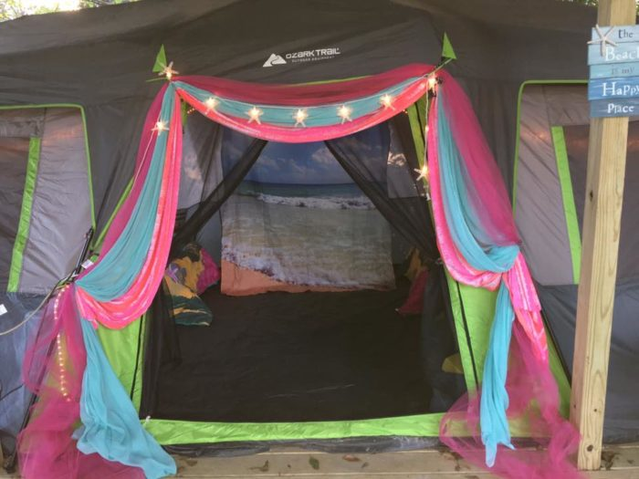 Glamping in Louisiana on the grounds of the Cajun Mansion